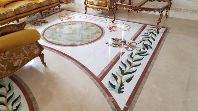 592: Marble floor with solid Green Onyx insert
