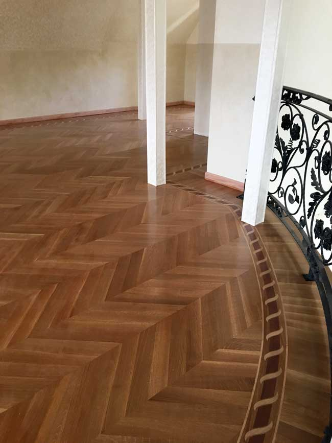 Example Of Wood Custom Flooring B2 Curved Border With