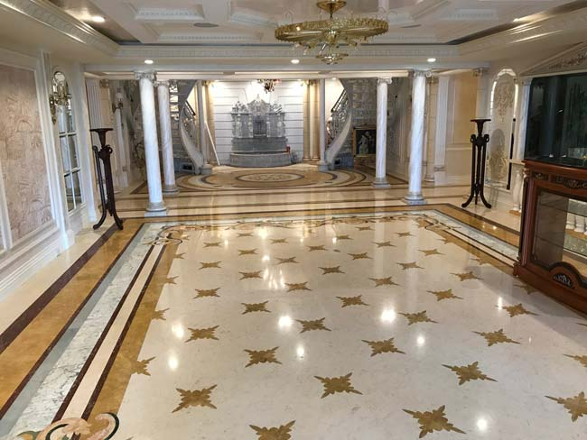 560: Marble 'Parquet' with Border