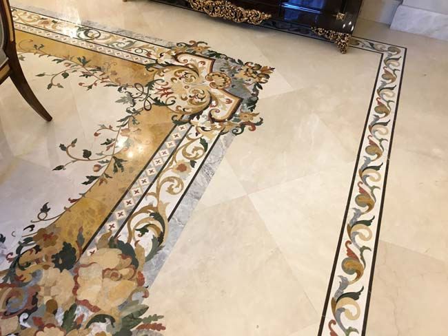 588: Corner close up for Dining room marble floor