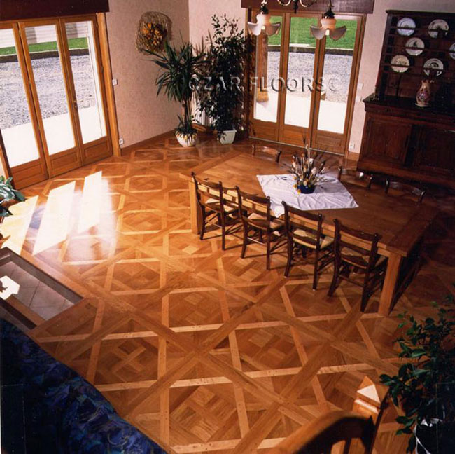 453: Bordeaux parquet, white oak in the Dining Room