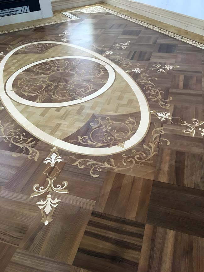 578: Walnut Parquet with inlays