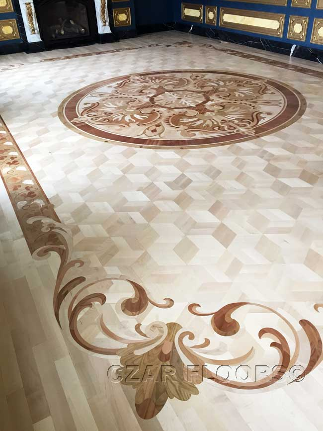 475: Maple parquet with custom border corners and medallion