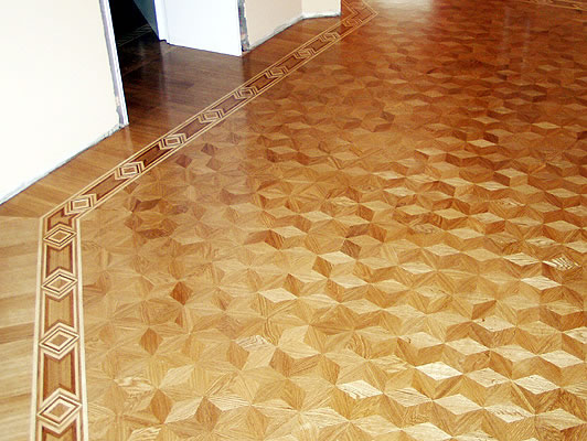 21: M20 parquet and B11 border. This beautiful floor changes pattern as you look from different angles