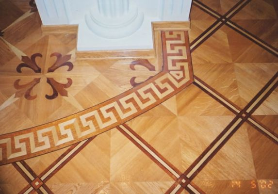 35: Intricate MX3 parquet nicely matches with B8 border and M13 parquet tiles