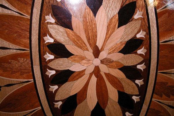 10: Close up of P1 medallion intricate design