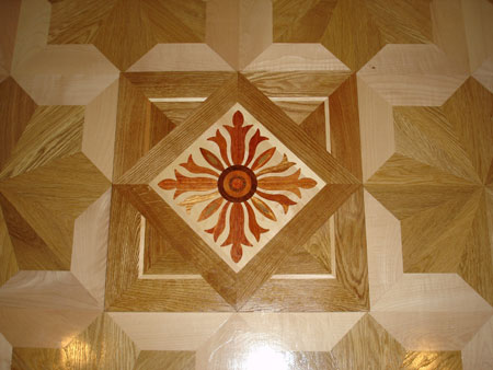290: PMX7 medallions can be used to spruce up the look of the regular parquet flooring