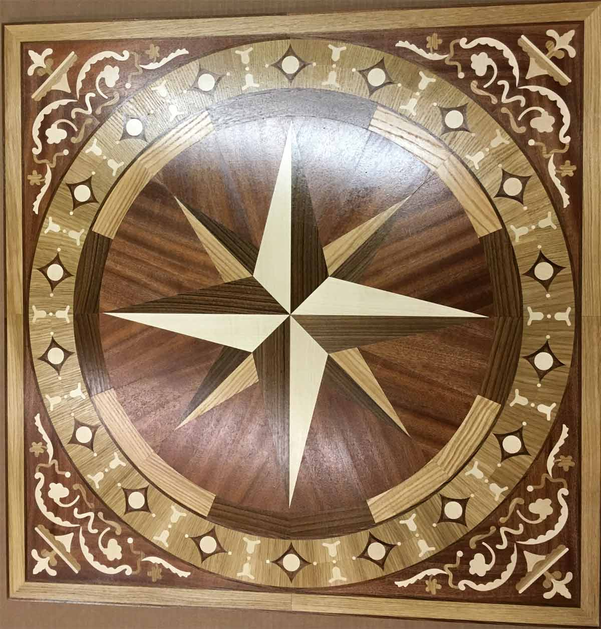 565: R1B wood floor medallion.