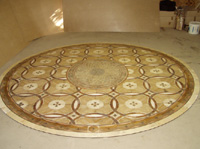 ID:28; Installation Phase of P22 medallion with MX8 parquet and round border